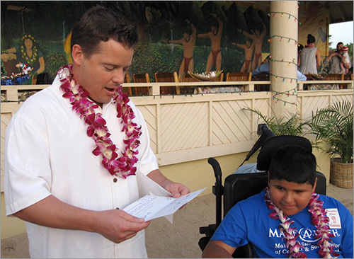Josh Bezoni granting wish to Antonio in Hawaii